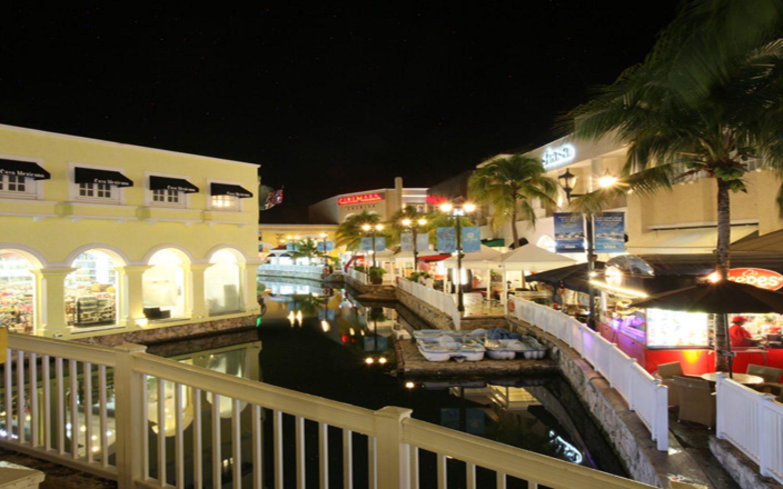 Co-La Isla Cancún (3)