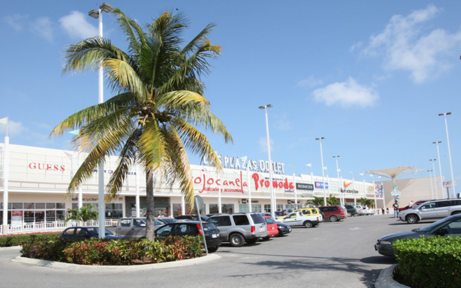 Co-Las Plazas Outlet Cancún (4)
