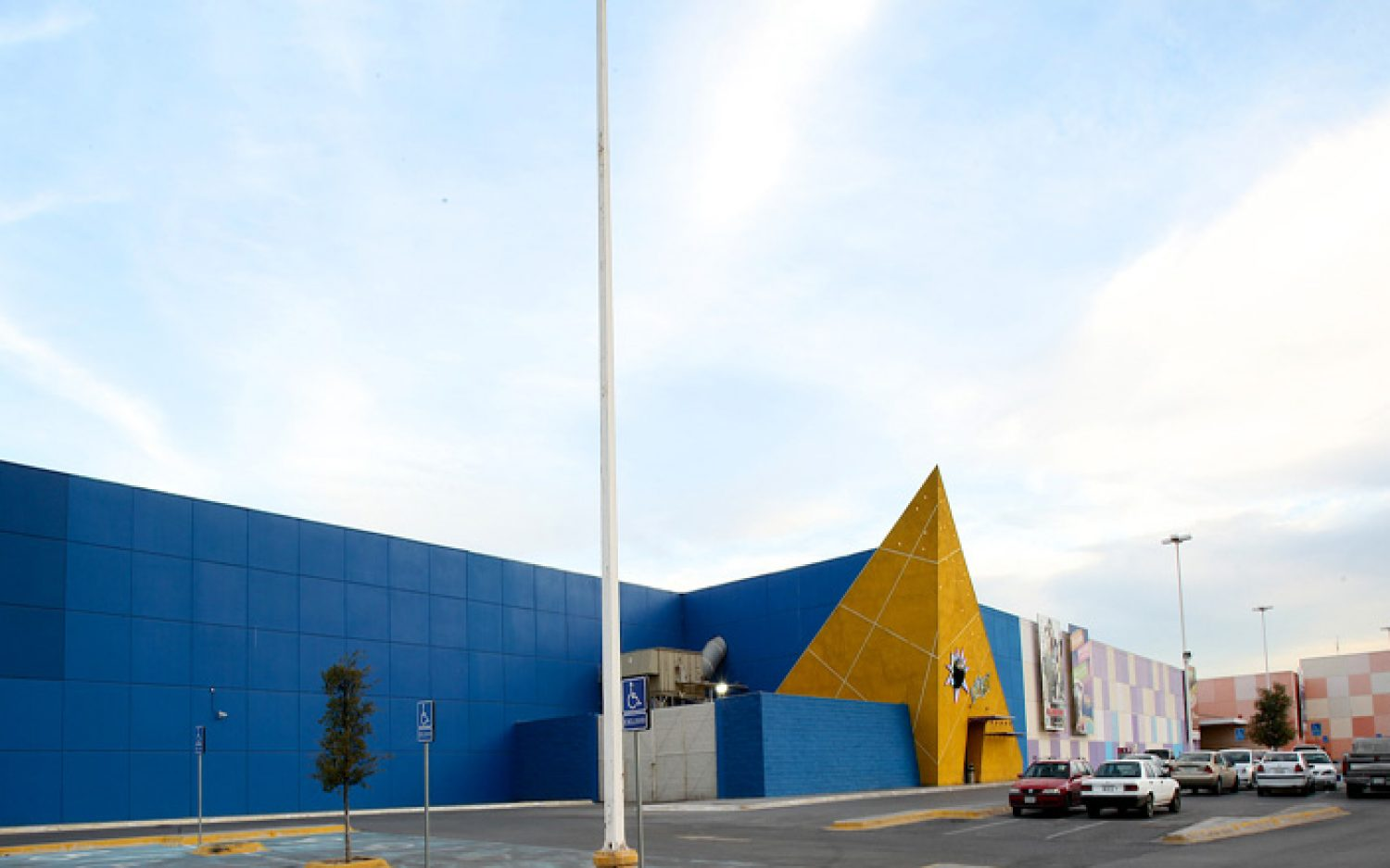 Co-Las Plazas Outlet Monterrey (4)