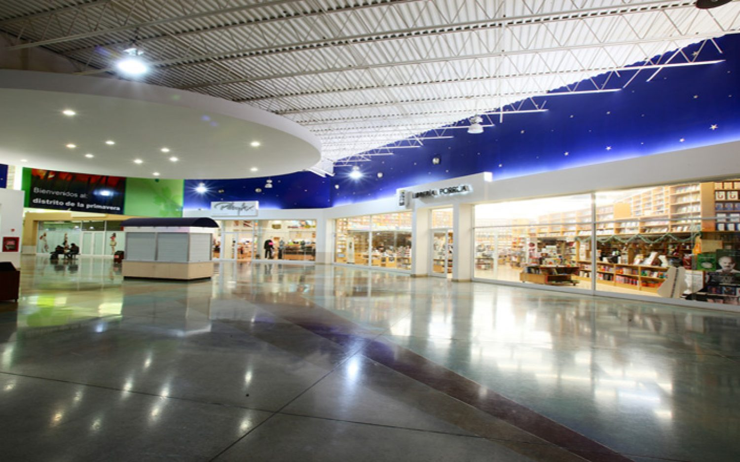 Co-Las Plazas Outlet Monterrey (6)