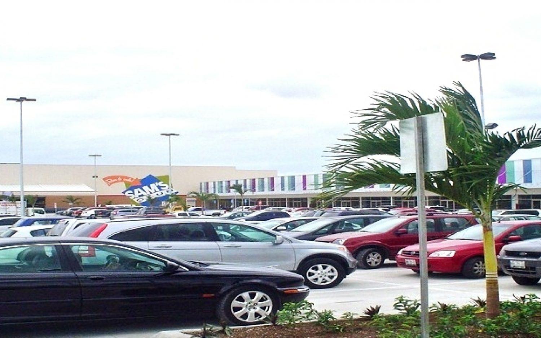 Co-Plaza Pabellón Cumbres (4)